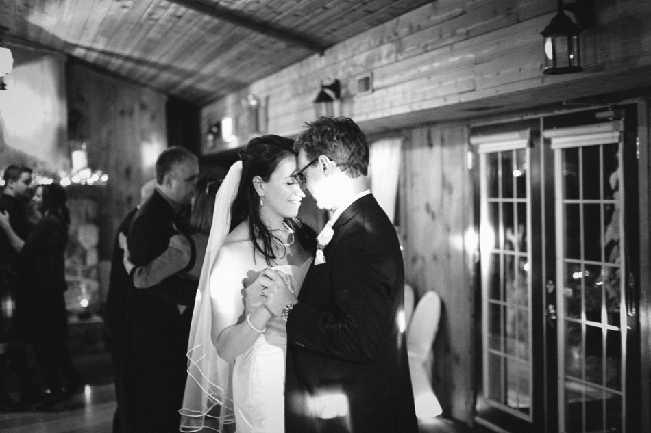 Ottawa Wedding Photography; Joel Bedford Weddings: Strathmere Ottawa Wedding; Autumn Canada Wedding;
